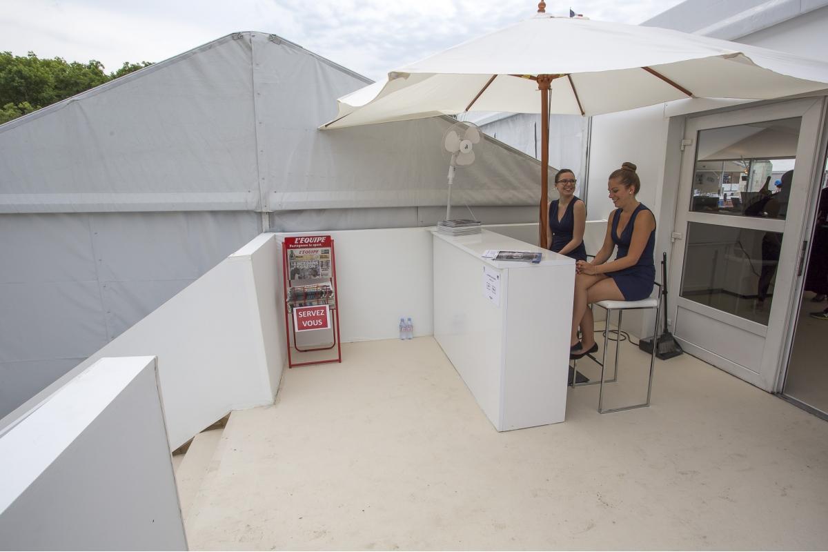 Location comptoir stratos - Le comptoir electrique ...