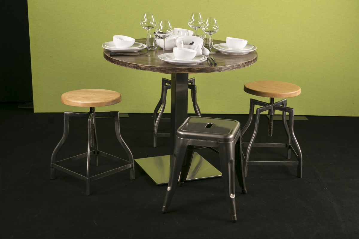 Location Tables Stan Ronde