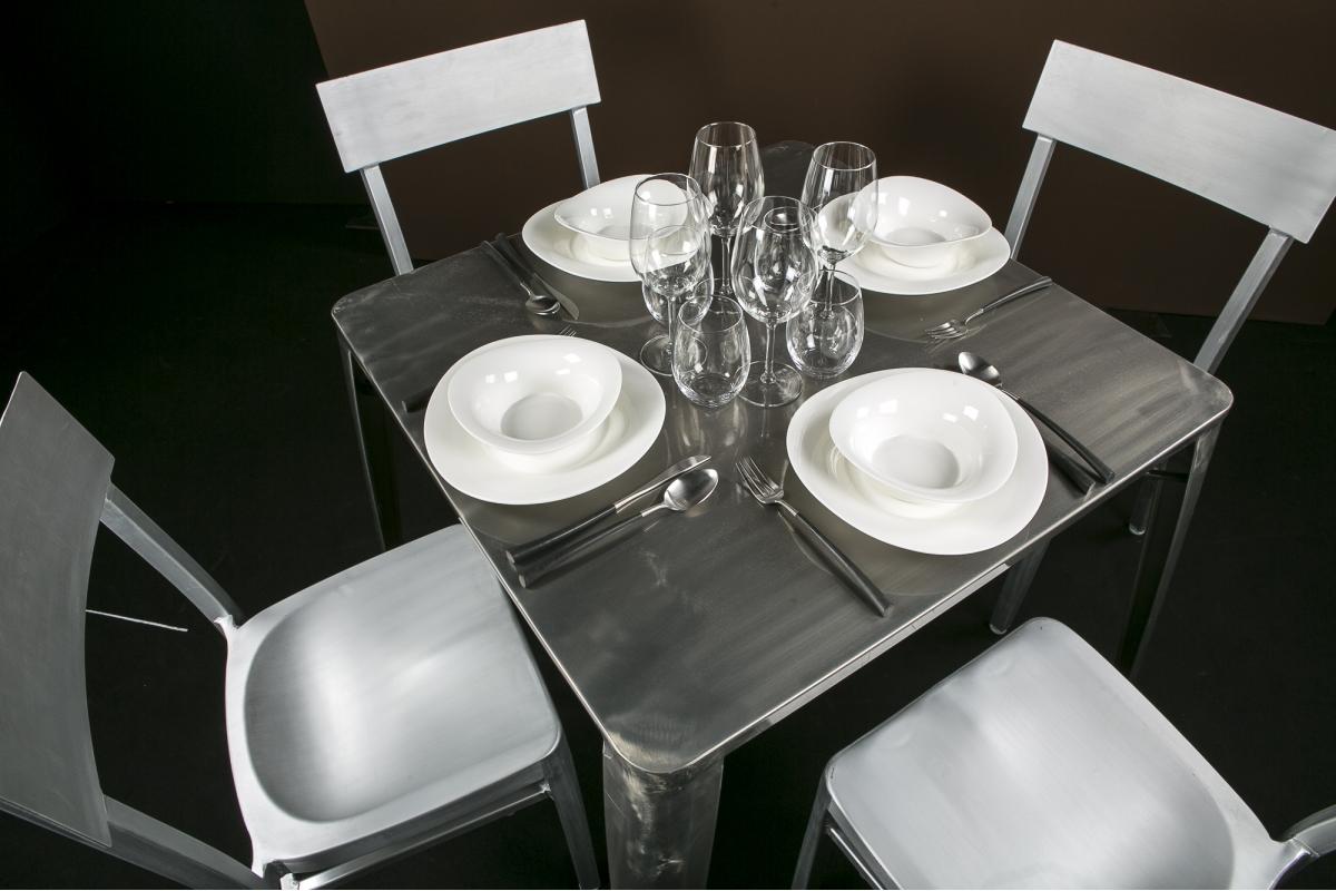 location table gun metal quatro. Black Bedroom Furniture Sets. Home Design Ideas
